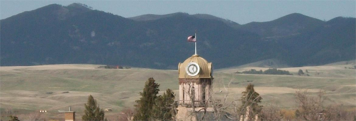 Fergus Co. Courthouse and Judith Mountains
